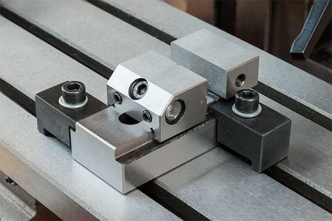 Hold-down Clamps - Arc Euro Trade
