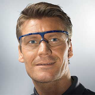 uvex super fit – The lightest hinged safety spectacles